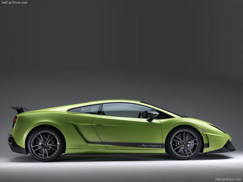 Lamborghini-Gallardo_LP570-4_Superleggera_2011_800x600_wallpaper_0f