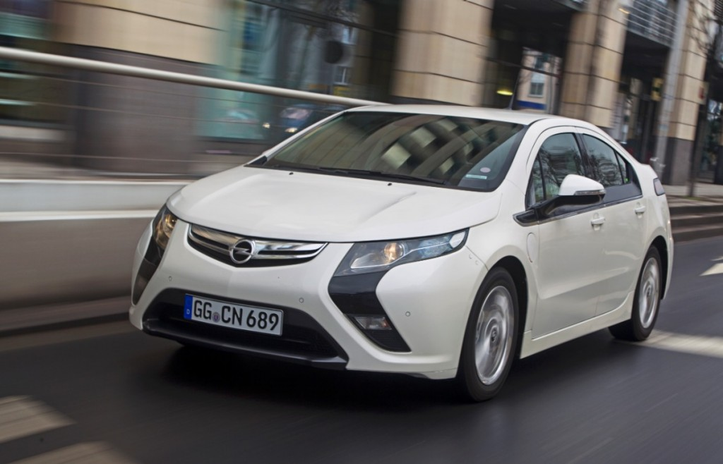 Opel-Ampera-264248-medium