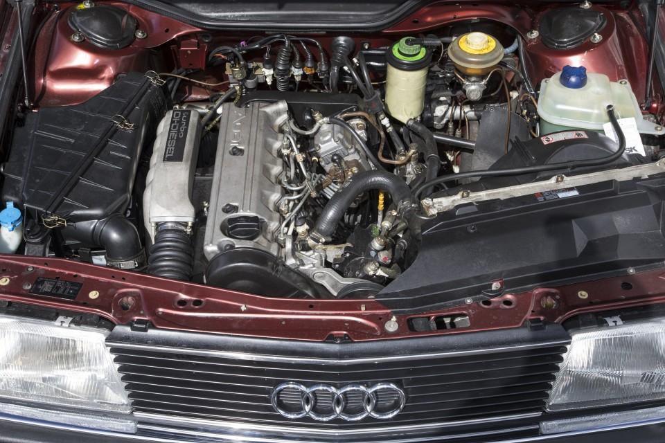 Audi-100-2.5-TDI_5-960x640